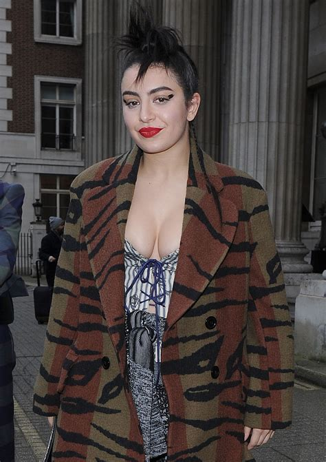 Charli XCX - Out in London - 2/21/2016