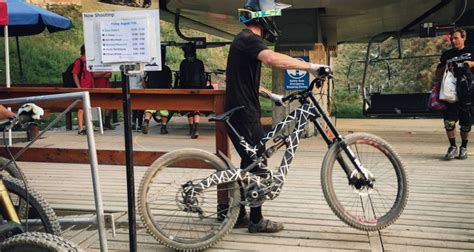 Neues Polygon Downhill-Bike: Prototyp in Whistler