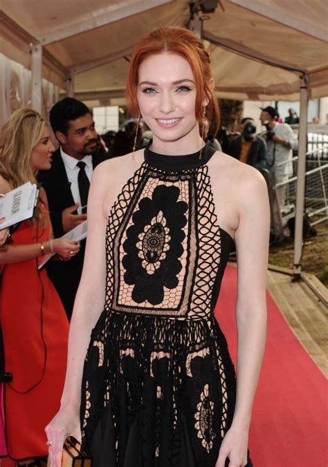 Eleanor Tomlinson Age, Height, Husband, Relationship
