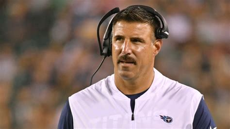 Mike Vrabel Wiki, Bio, Age, Caree, Height, Spouse, Team