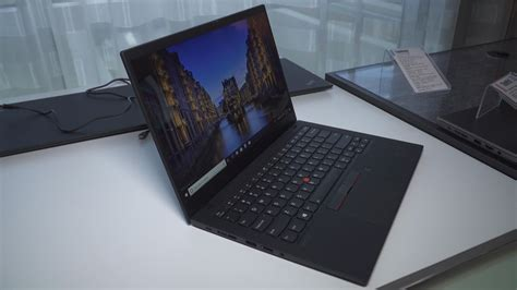 Lenovo updates the crown jewels of its ultraportable