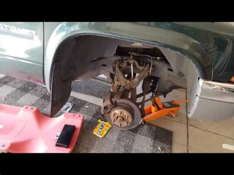 2001 Dodge Dakota location and replacement of the
