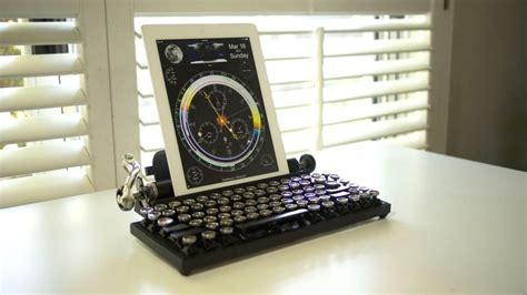 The Qwerkywriter is an old school typewriter for your iPad