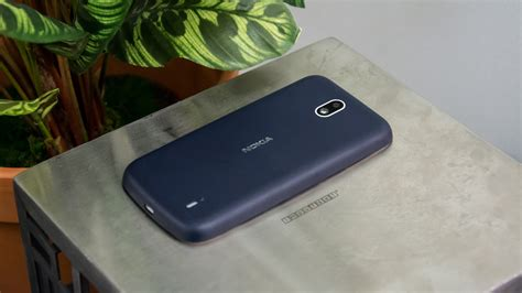 Nokia 1 review: Hands on with the cheap phone that wants