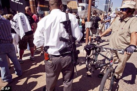 Anti-Obama protesters toting ASSAULT rifles turn up at