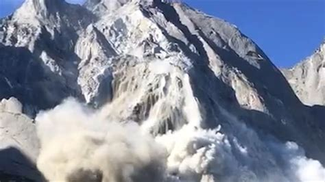 Watch a Massive Avalanche and Mudslide Sweep Down a Mountain