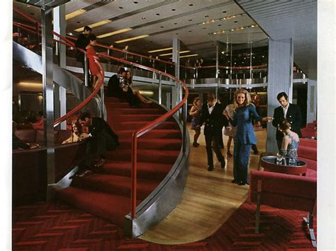 RMS Queen Elizabeth 2 archive photos of her interiors and